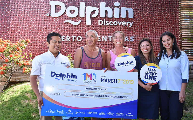 DOLPHIN DISCOVERY PUERTO AVENTURAS RECEIVES ITS ONE MILLION GUEST